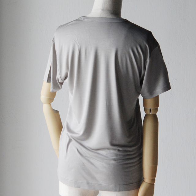 コクーナのシルクスキンウェア。絹の着心地の良さ、肌触り。